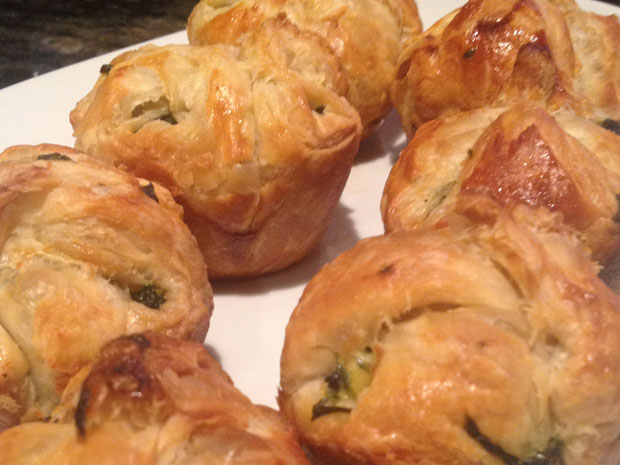 puff pastries spinach and feta cheese
